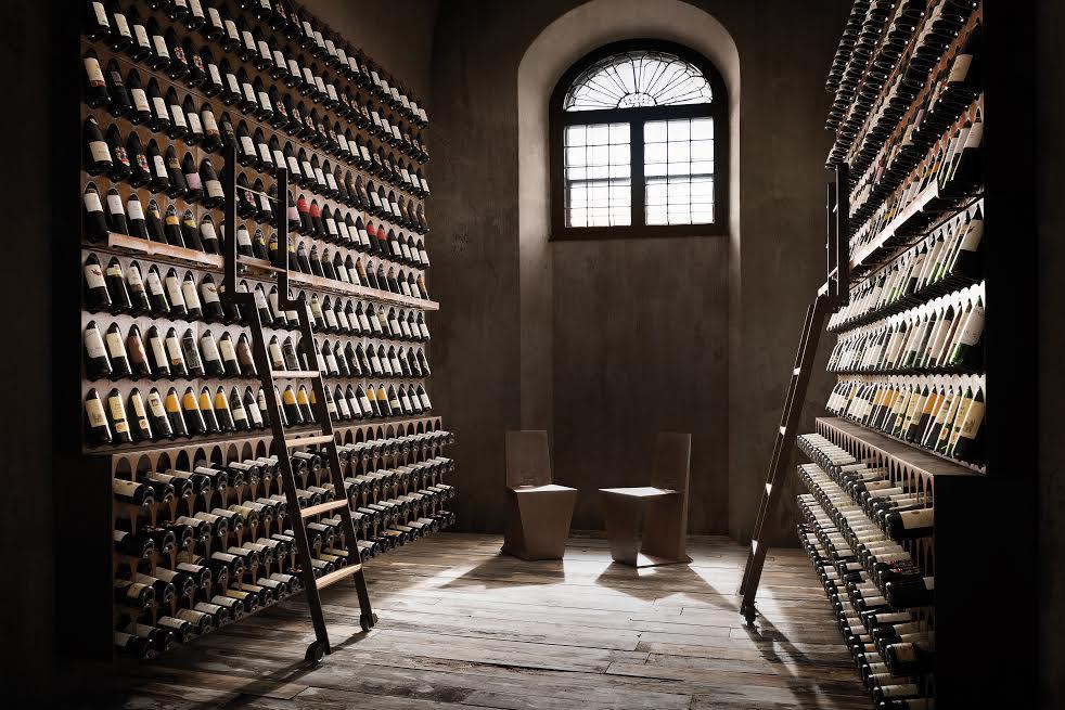 Panoramica della Libreria del Vino.